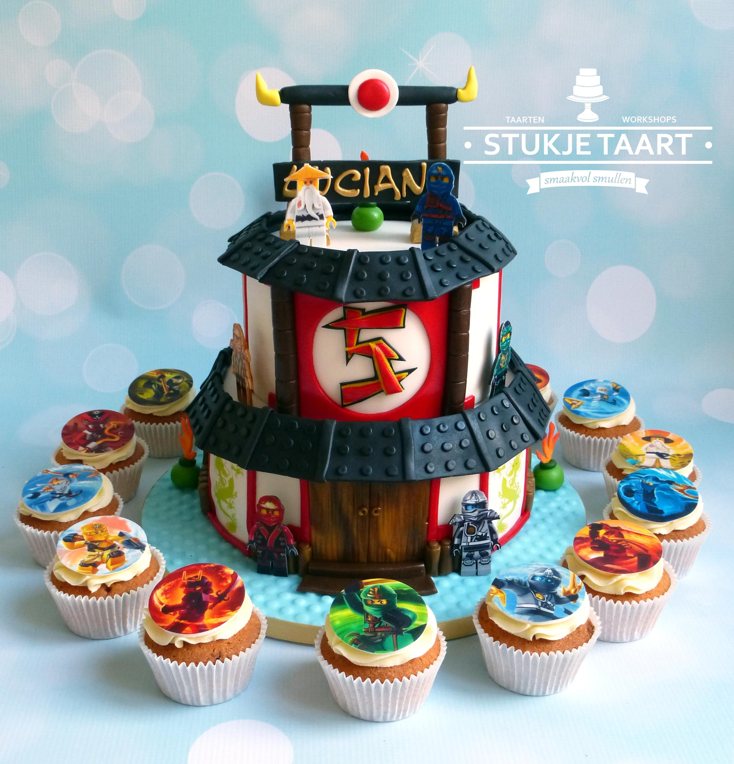 Ninjago tempel taart en cupcakes
