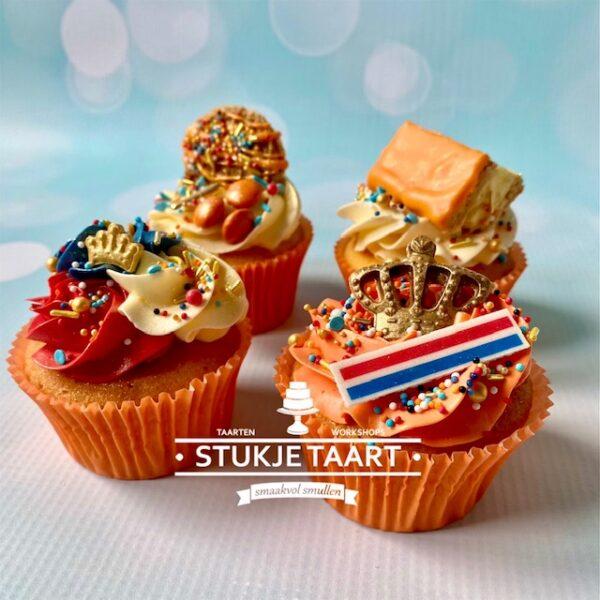 koningsdag cupcakes stukje taart